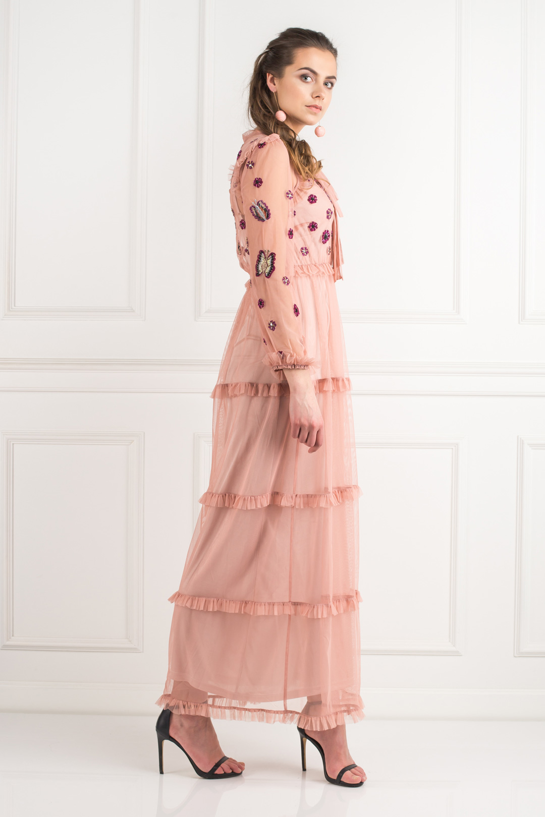 Dress With Neck Tie Detail