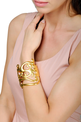 Gold Sculpture Bracelet-1