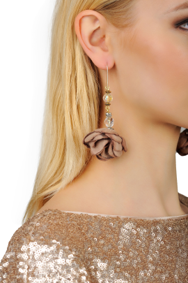 Brown Rose Earrings-1